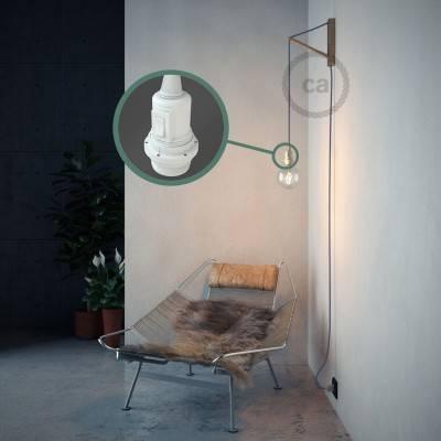 Kreieren sie ihre Snake Lampenschirm Leuchte mit dem RM07 Lila Seideneffekt und erleuchten sie ihre Umgebung.
