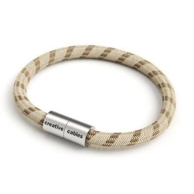 Armband mit mattsilbernem Magnetverschluss und Textilkabel RD53
