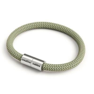 Armband mit mattsilbernem Magnetverschluss und Textilkabel RD72