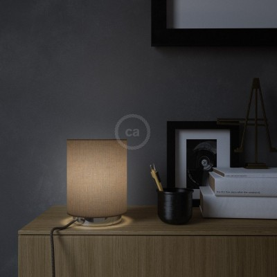 Posaluce aus Metall mit Lampenschirm Cilindro Camelot Braun, komplett mit Textilkabel, Schalter und 2-poligem Stecker